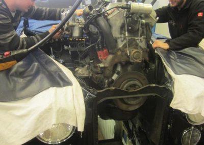 Aus - Einbau Jaguar Motor