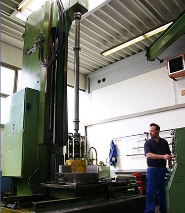 Zylinderrohr ø 300 H7 x 3500 mm